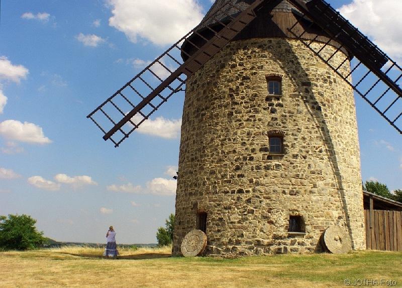 Maid unter der Mühle