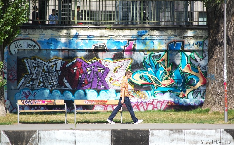 Passing Graffiti 1